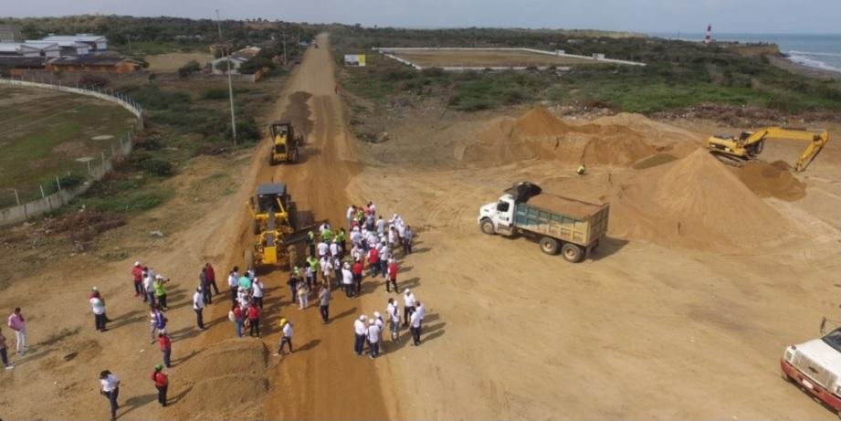Personalmente, el gobernador de Bolívar inspecciona obras en los municipios de Santa Catalina y Turbana