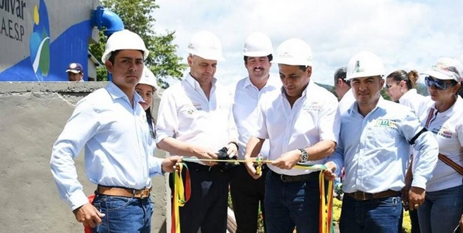 Cero y van 18: Santa Rosa del Sur también tiene ya su acueducto