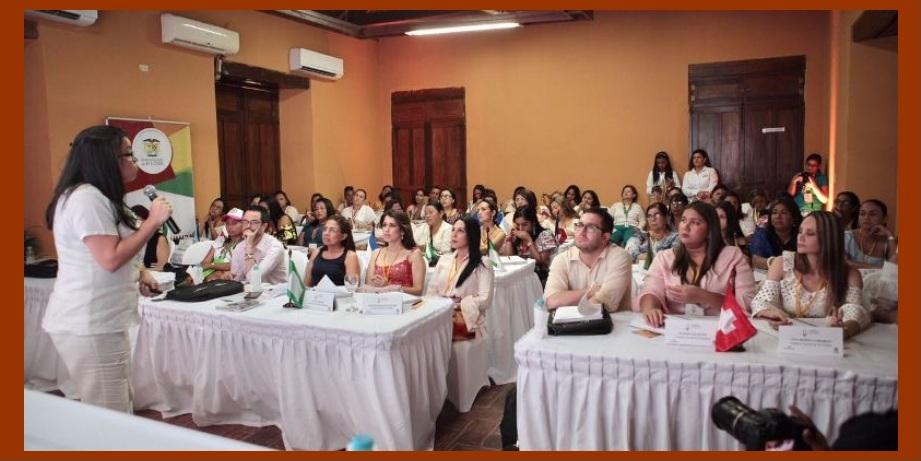 Paralela a la de alcaldes, en Mompox se realiza también una cumbre de gestores sociales