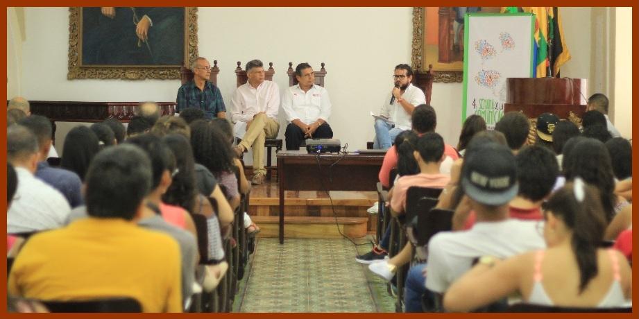 Estudiantes de Unicartagena debaten sobre la crisis de la ciudad y sus eventuales salidas