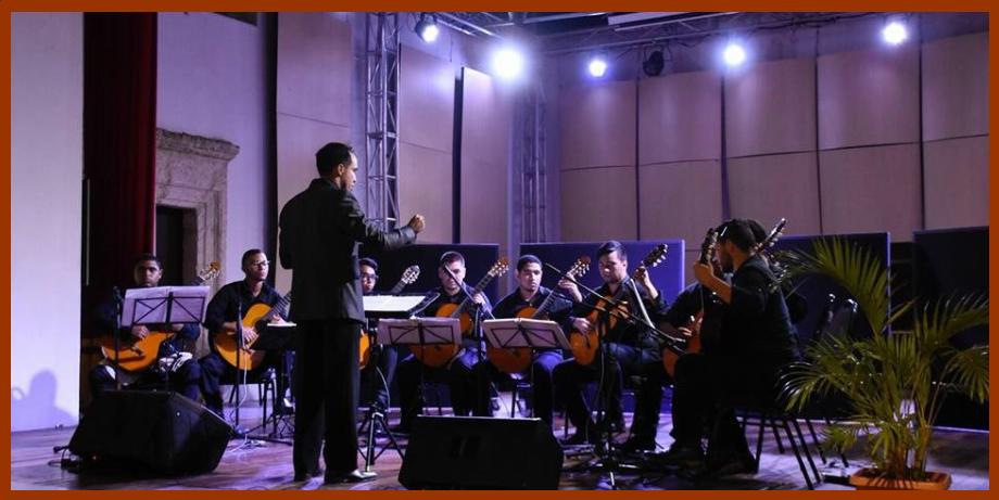 Hoy y mañana: conciertos gratuitos de la Orquesta de Guitarras Adolfo Mejía