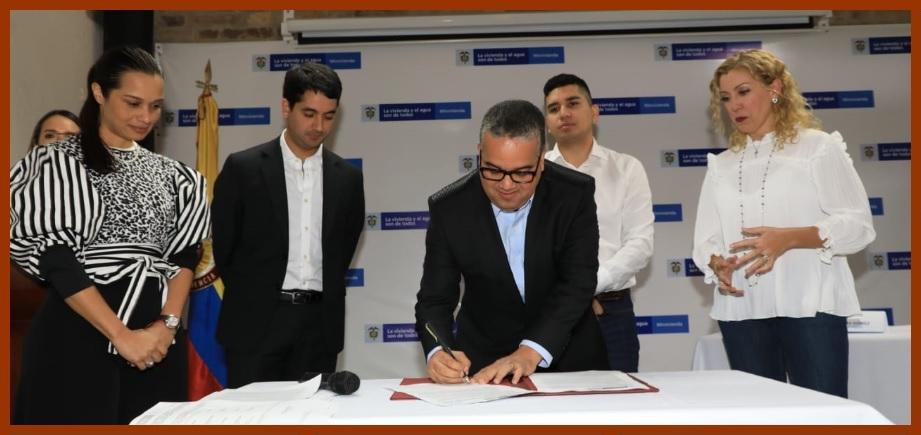 Alcaldía, Minvivienda y Findeter firman convenio para mejorar viviendas en El Pozón