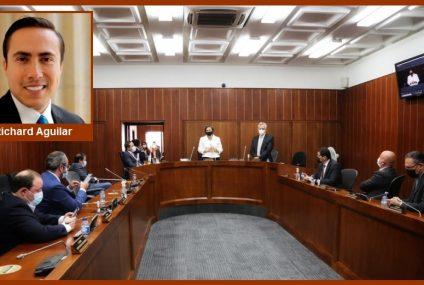Richard Aguilar, seis días al frente de la Vicepresidencia de la Comisión 3a. del Senado…